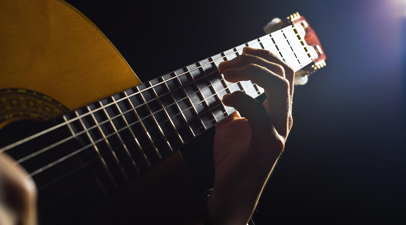 素人がプロのミュージシャンに曲を書いてもらう方法